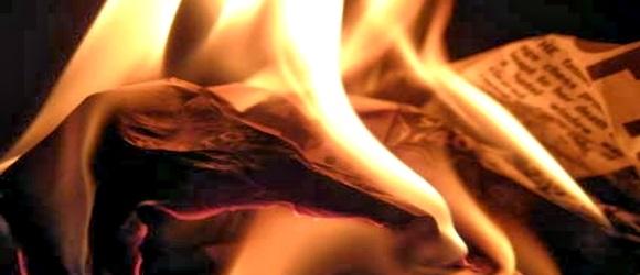 Γραμμένες σκέψεις... Καίγονται.