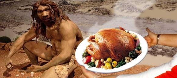 Παλαιολιθικός και πιάτο με ψημένο κοτόπουλο